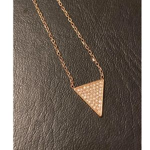 NWT Beautiful Michael Kors Rose Gold Necklace